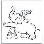 Ausmalbilder Tiere - Elefant im Zirkus