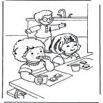 Ausmalbilder für Kinder - Frühstücken