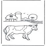 Ausmalbilder Tiere - Kuh im Bauernhof